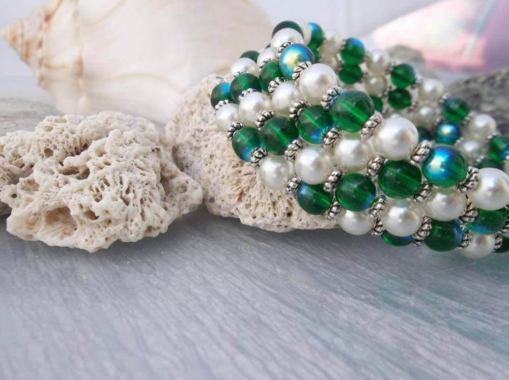 Peacocks and Pearls bracelet
